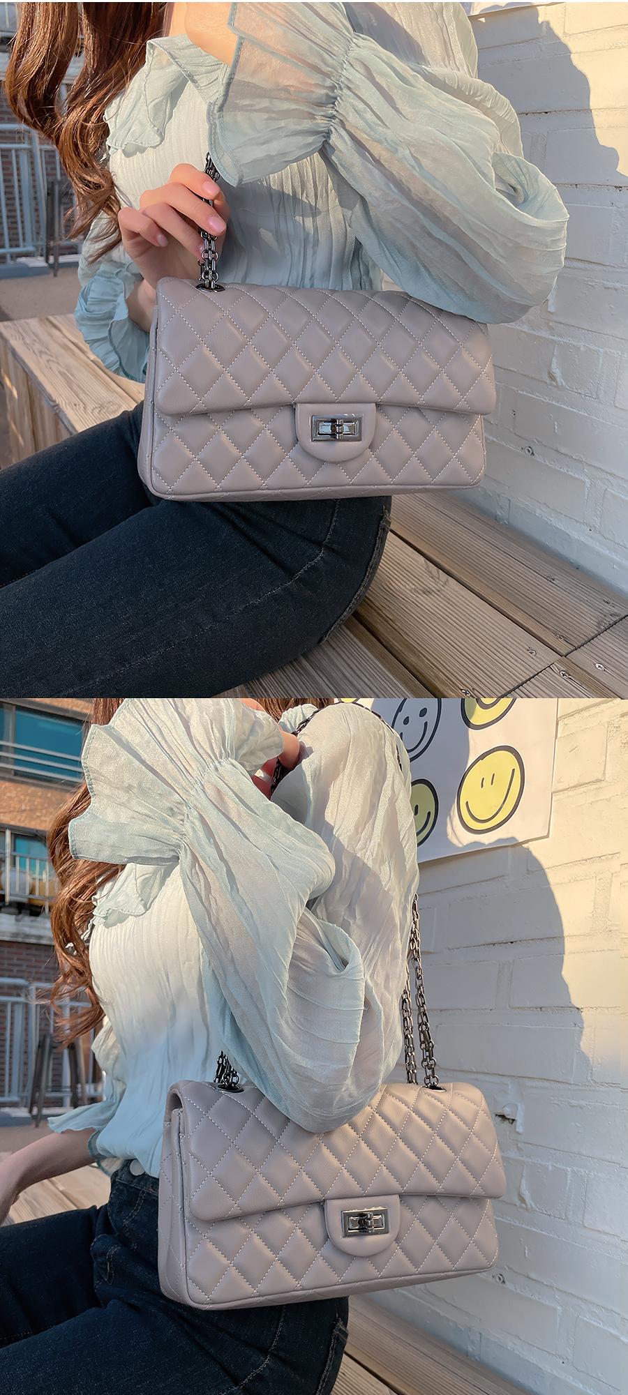 Light Qualting Chain Flap Bag 3color
