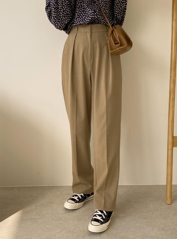 Ravi Pintuck pants / Dark Beige