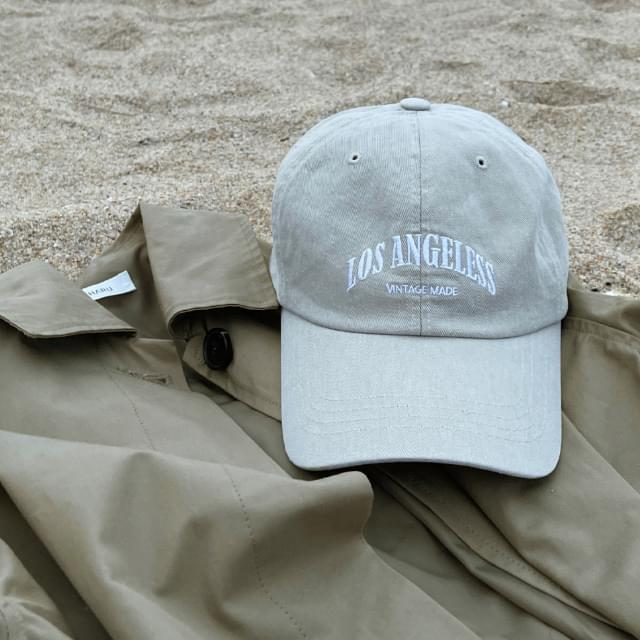 L.A embroidery lettering ball cap 帽子