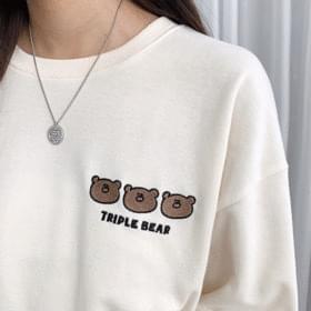Three bears embroidered Sweatshirt