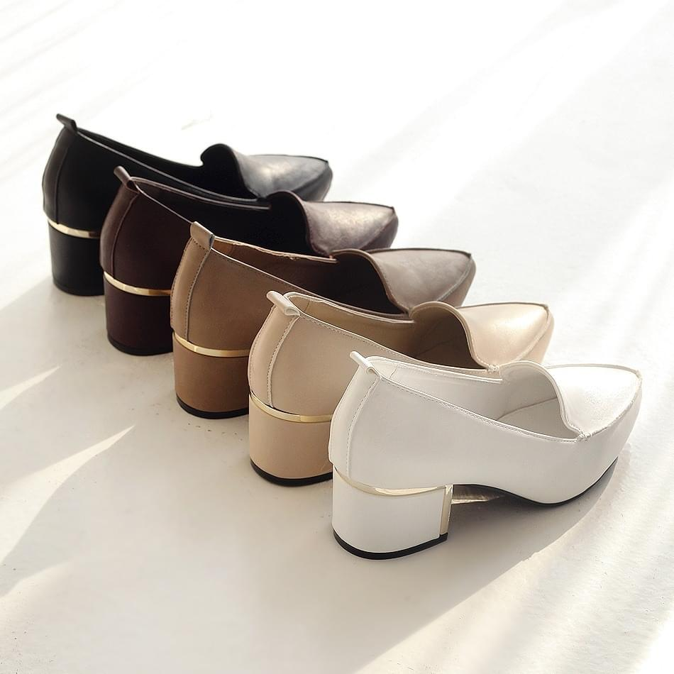 Heli or mid-heel pumps 5cm