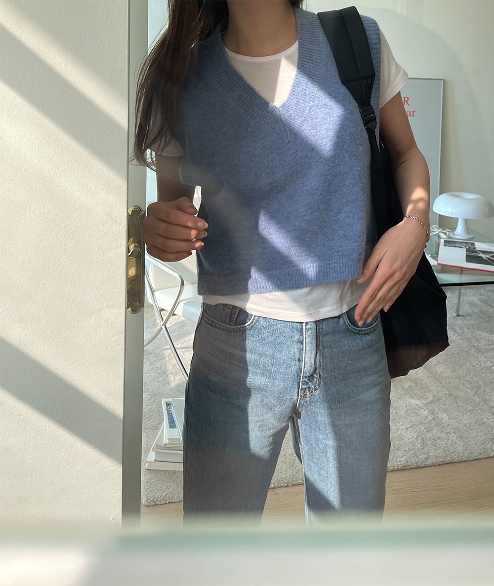 Sweet Semi-Crop Knitwear Vest