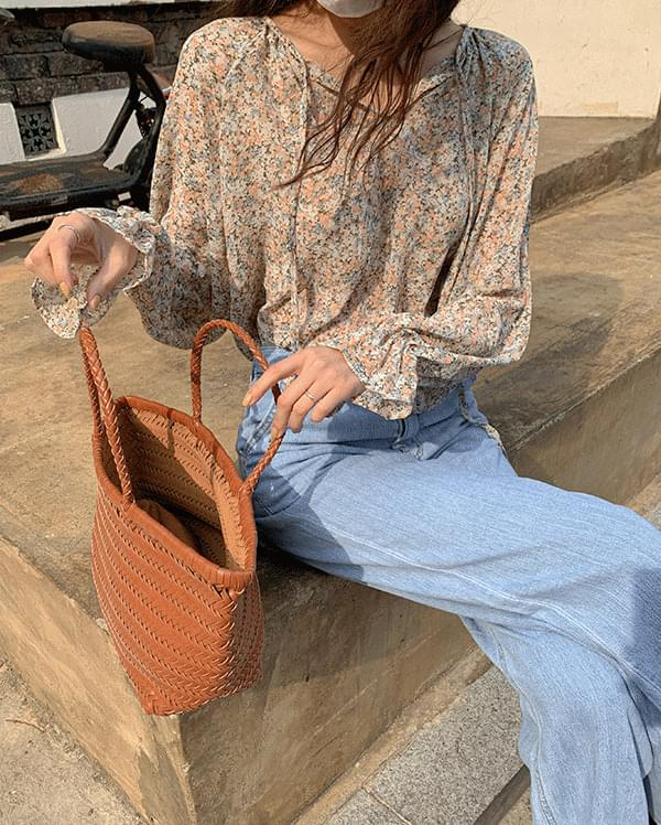#Any place lily flower blouse