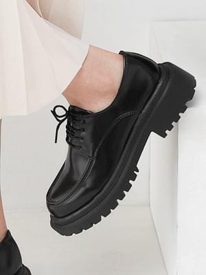 Isshu lace-up double outsole walker heel loafers 10917