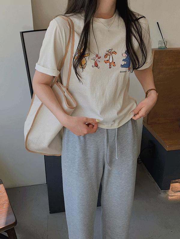 Pooh printing T-shirt