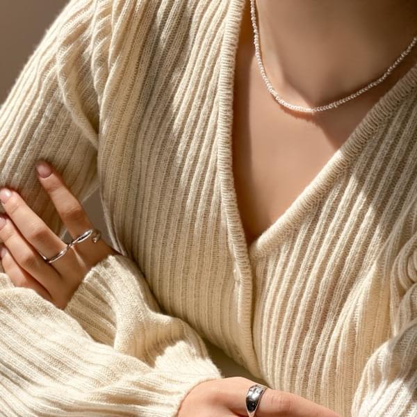 Mini pearl basic necklace