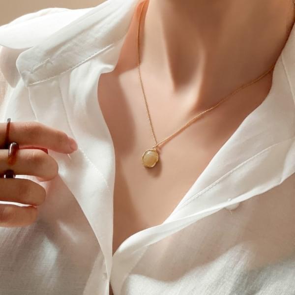 Diana Round Homaica Pendant Necklace