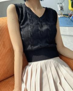 Sky Twisted Cropped Knitwear Vest