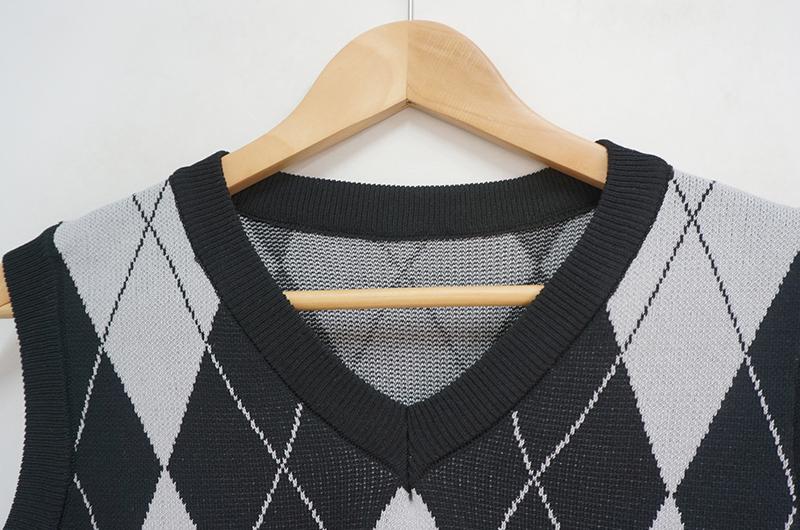 Argyle Cropped Knitwear Vest