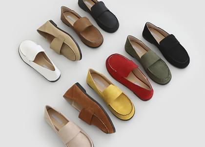 韓國空運 - Mochaburn round loafers 樂福鞋