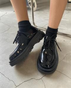 Basic sneakers loafers