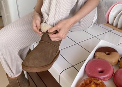 Genri Genuine Leather Wool Lining Ug Boots