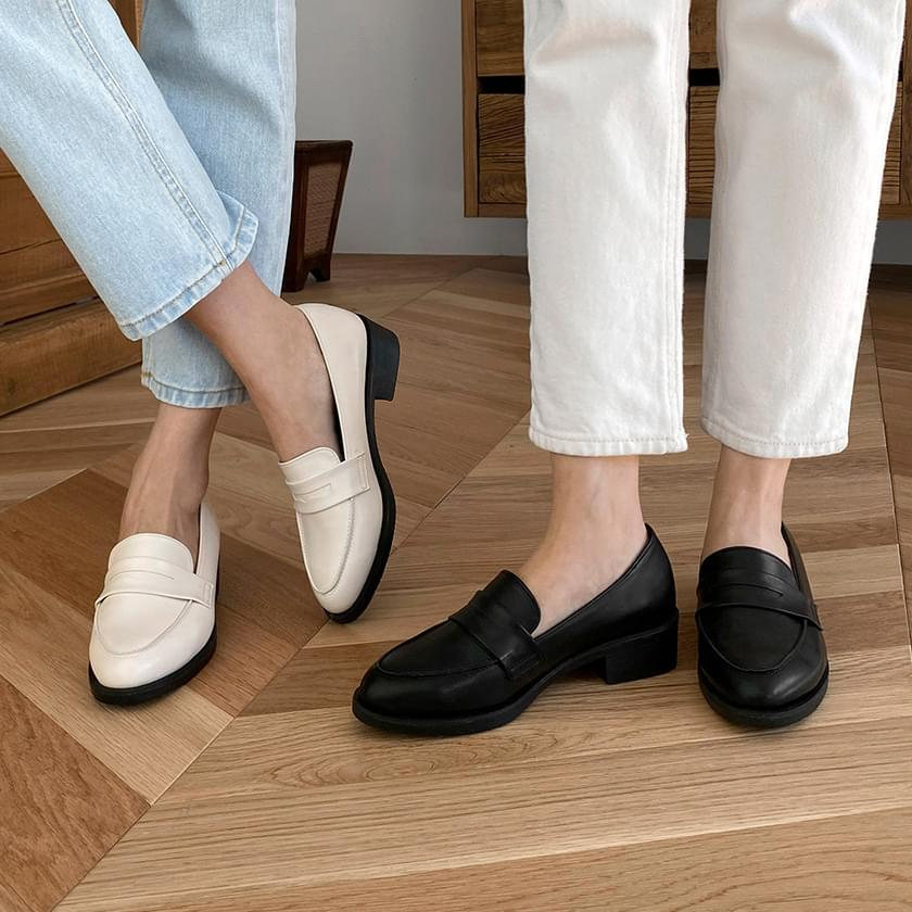 Monuff Basic Penny Loafers