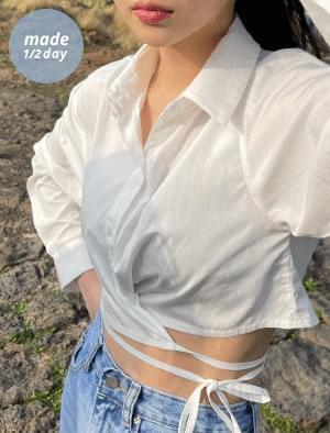 Belive strap crop blouse