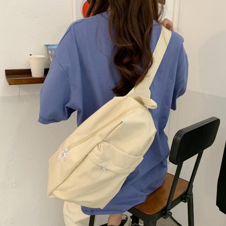 Canvas casual shoulder backpack 帆布包