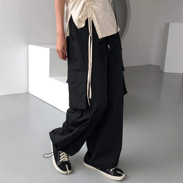 Den wide cargo pants