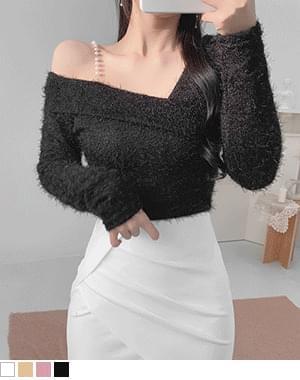 Optional Pearl Off Shoulder Fur Knitwear