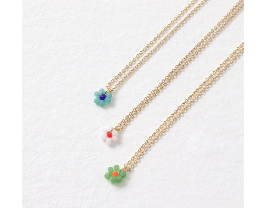 Mini Flower Layered Necklace
