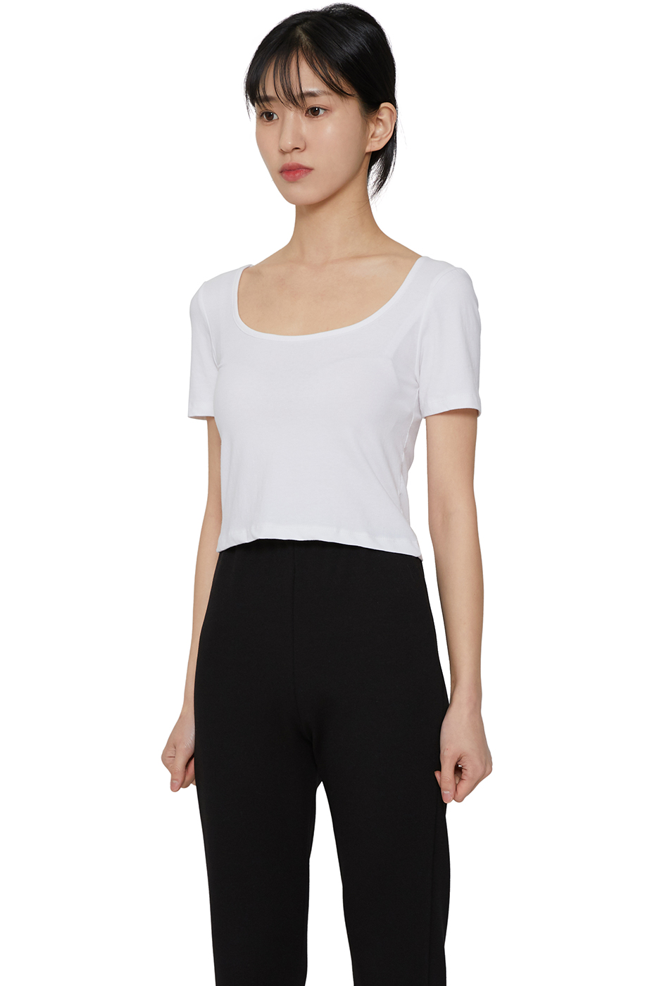 Our You-neck cropped top