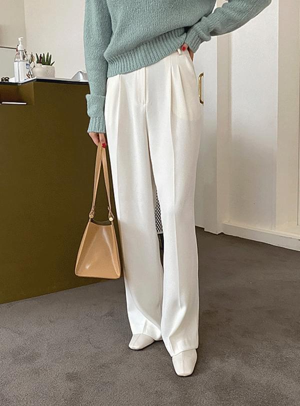Side pintuck pants