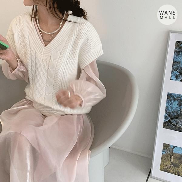kn4230 Louise V-Neck Knitwear Vest 針織外套