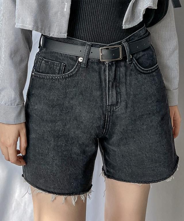 Joy Black Denim denim short pants