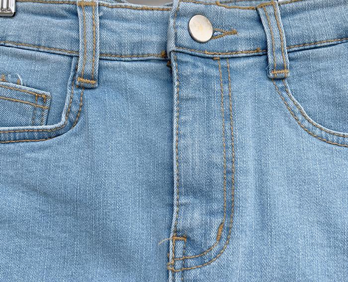 Panty cutting H-line skirt