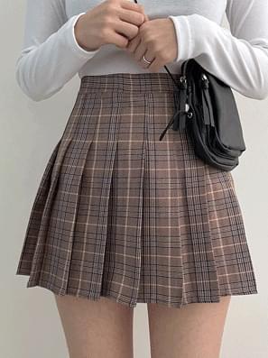 Coco check tennis skirt