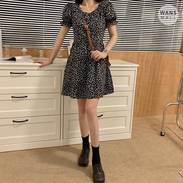 op4225 Ed Flower Mini Dress (人氣商品配送延遲) 迷你短洋裝
