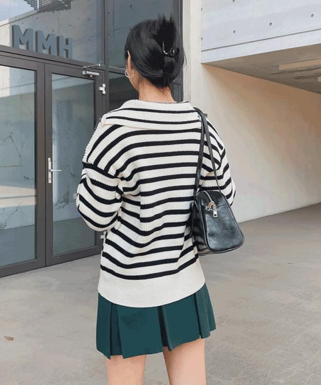 Aro Striped Cara Van Zip-Up Knitwear