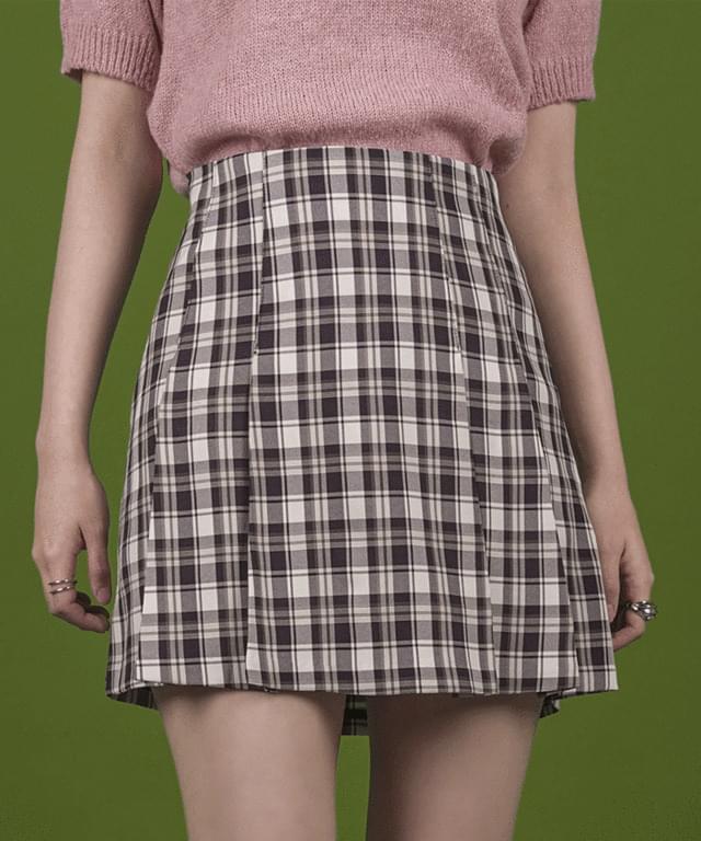 Tri-check pleated mini skirt
