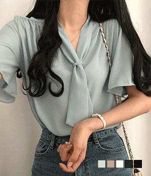 Monica scarf tie short-sleeved blouse