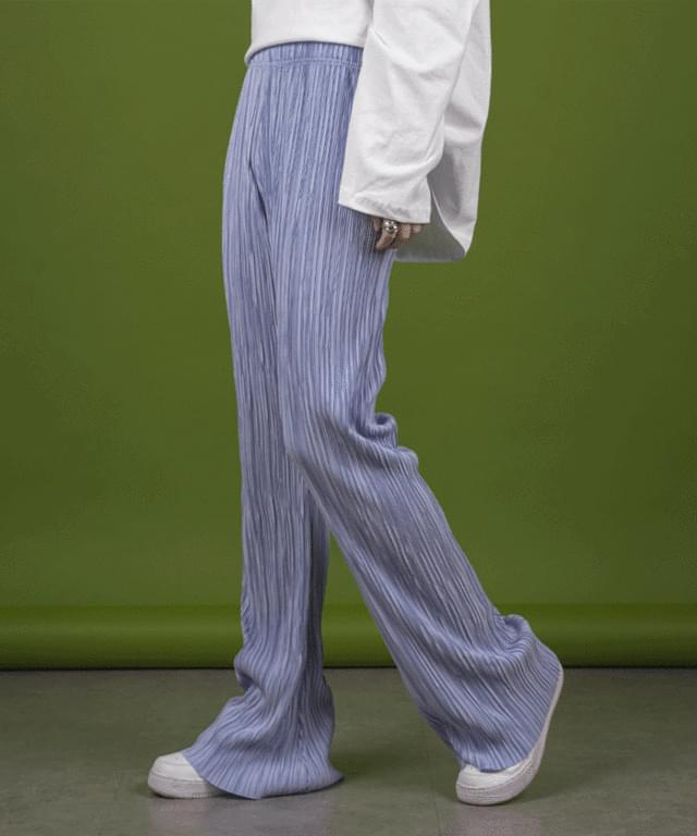 British pleated Flared trousers