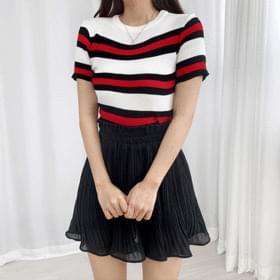 Striped Crop Short Sleeve Knitwear