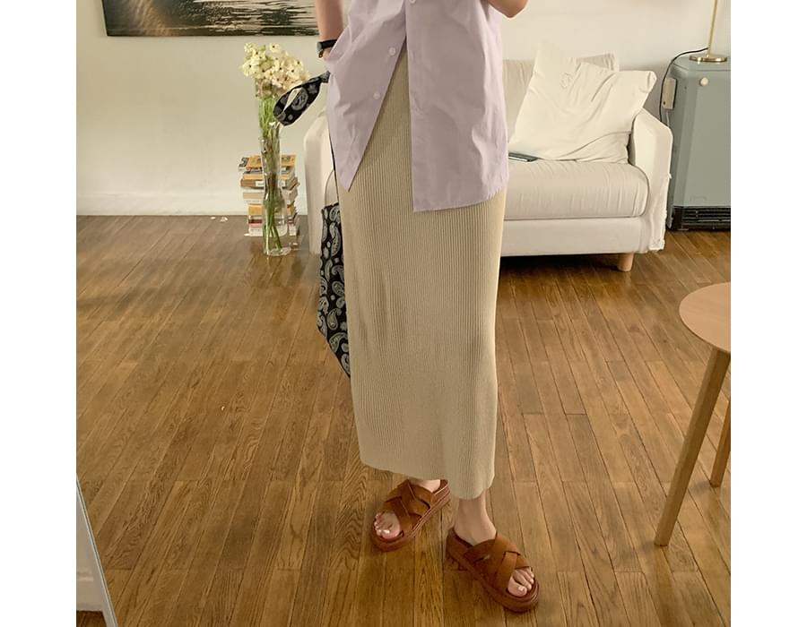 Bold Strap Flat Slippers