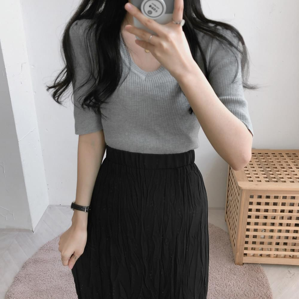 V-neck Chewy Ribbed Short Sleeve Knitwear