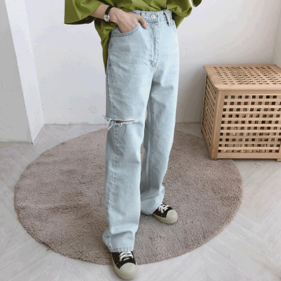 2032 Side Cut Wide Thong Denim Pants
