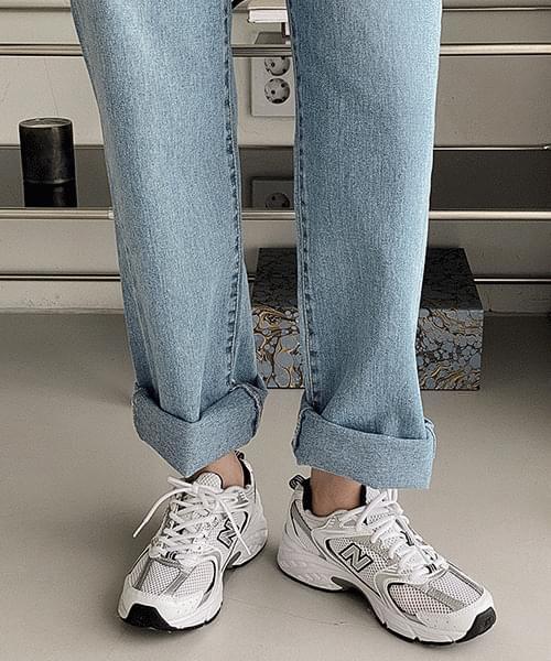 76 long wide denim pants