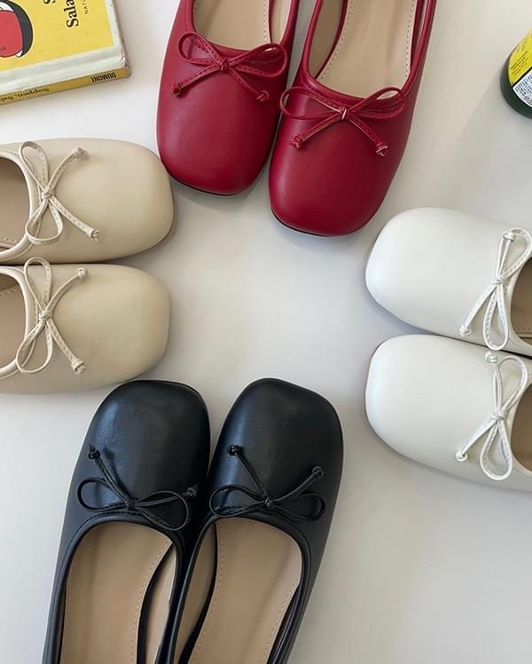 Giselle ribbon flat shoes