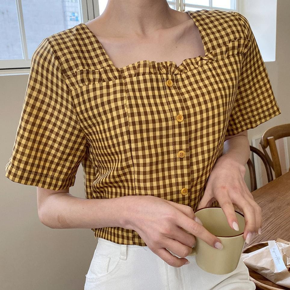Neck frill check short sleeve blouse