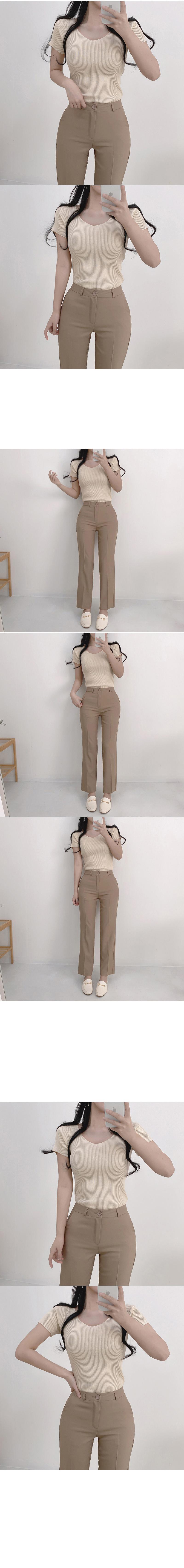 Kai V-Neck Short Sleeve Knitwear Tee