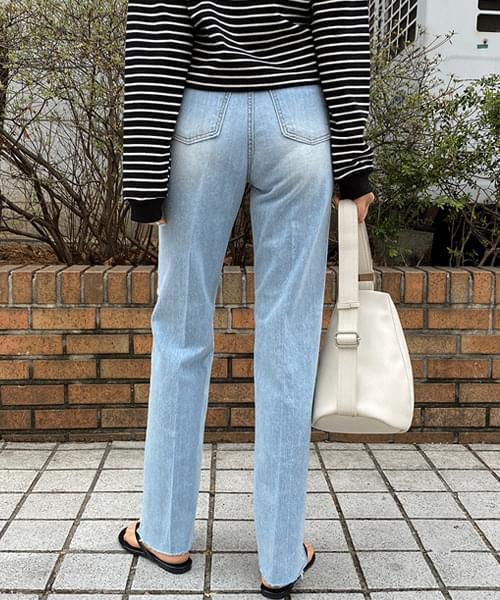 Loom Machine Light Blue Thong Jeans