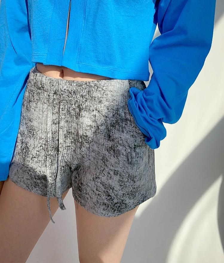 韓國空運 - Discolored Ribbed Shorts 短褲