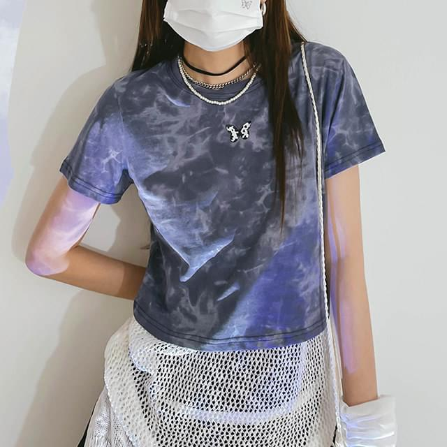 Tie-dye butterfly cropped T-shirt