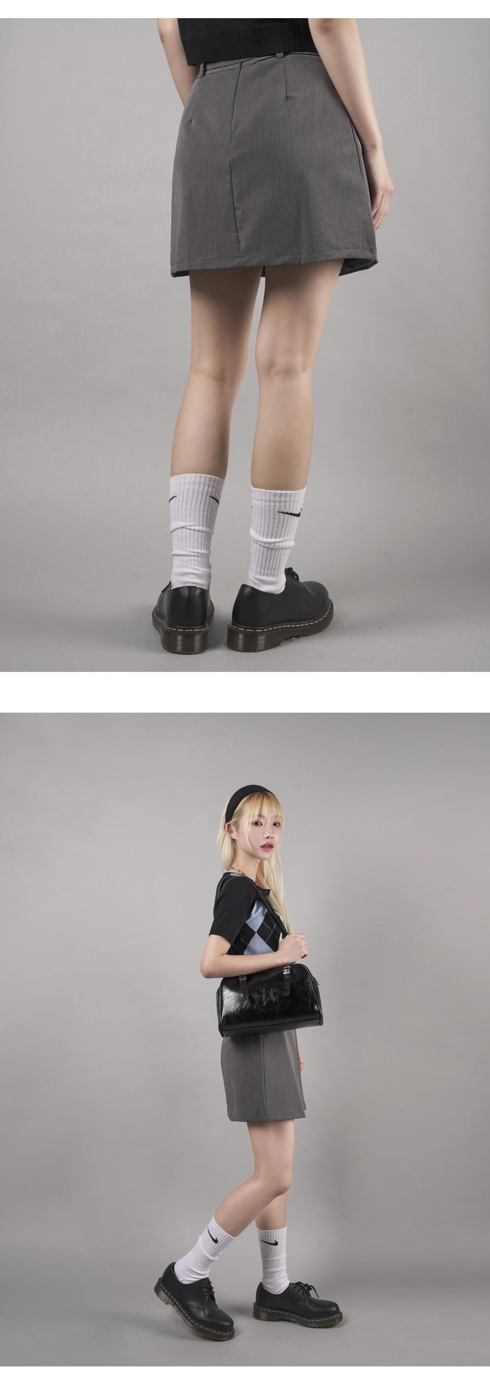 Half pleated mini skirt