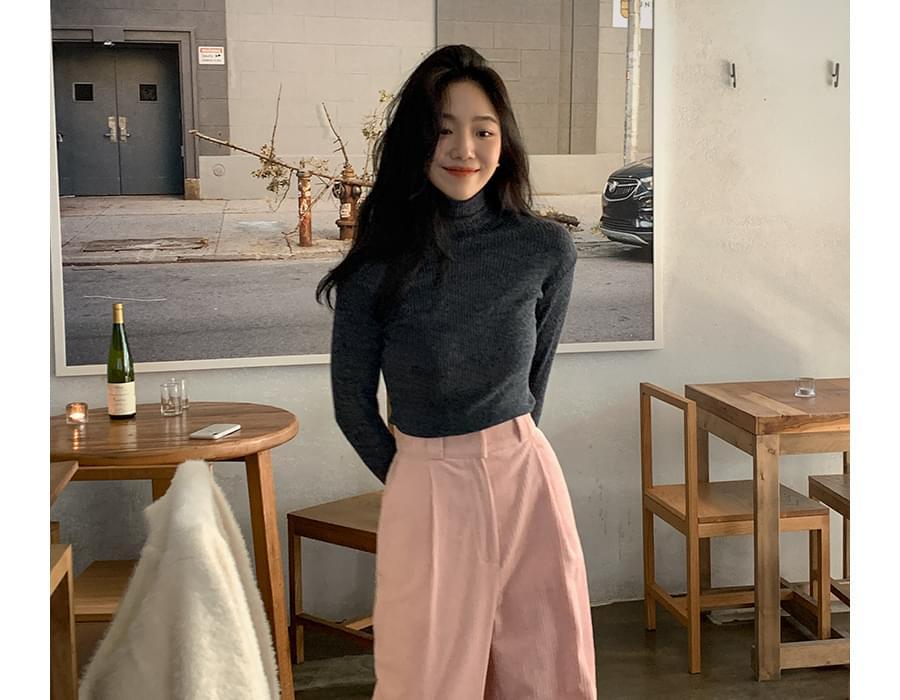 Mono Slim Ribbed Turtleneck Knitwear