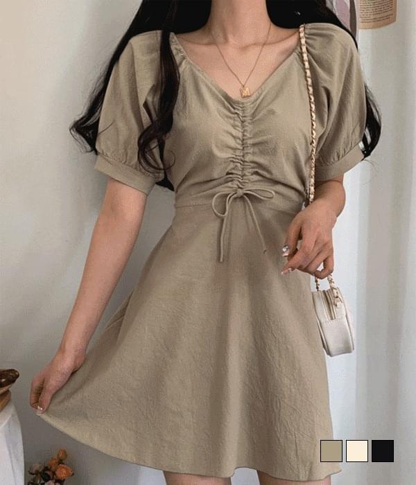 Lily Shirring Mini Dress (人氣商品配送延遲) 迷你短洋裝