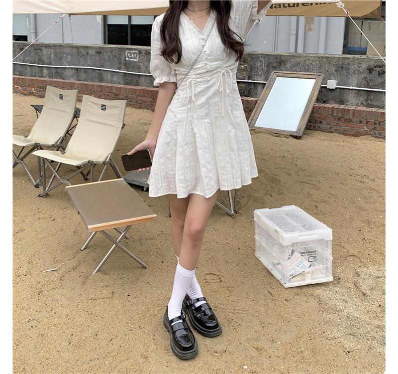 op4380 Kuing V-Neck Flare Mini Dress