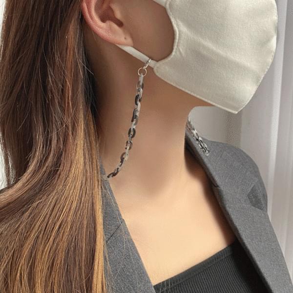 Matte Transparent Bold Chain Mask File Strap Necklace