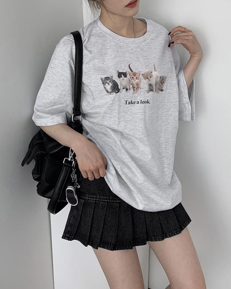Overfit Cat Print Short Sleeve T-Shirt (Delayed delivery)